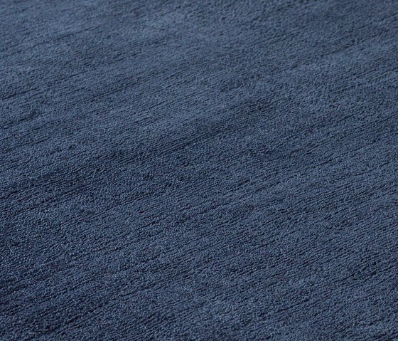 Studio NYC Polyester Edition navy by kymo | Rugs / Designer rugs