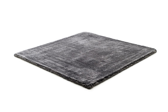Mark 2 Wool deep anthracite by kymo | Rugs / Designer rugs
