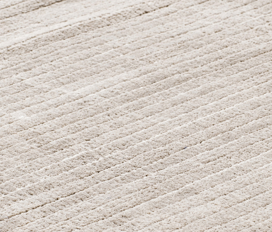 Suite BRLN Polyester frosty grey by kymo | Rugs / Designer rugs