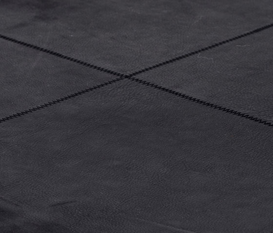 The pure soul black by kymo | Rugs / Designer rugs