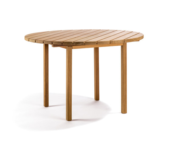 Djurö round dining table de Skargaarden | Tables de repas