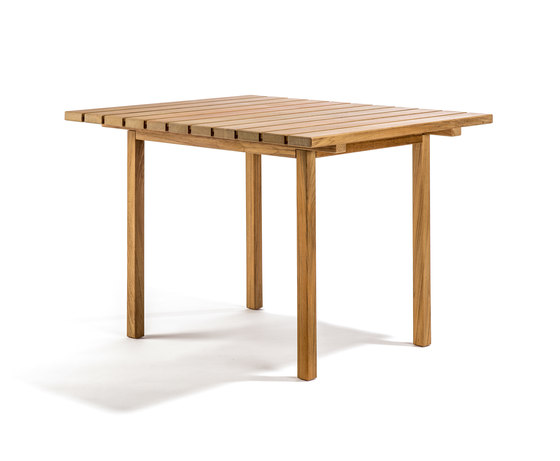 Djurö dining table de Skargaarden | Tables à manger de jardin