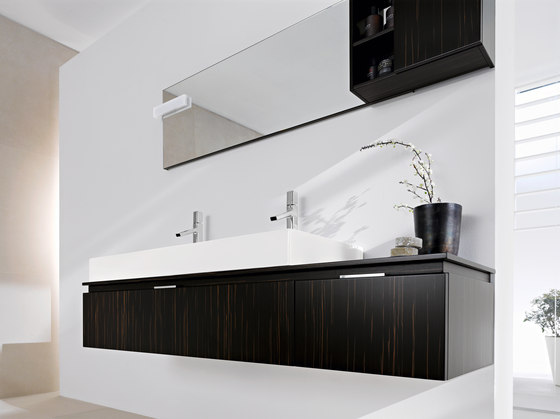 Fly Washbasin unit by Milldue | Vanity units