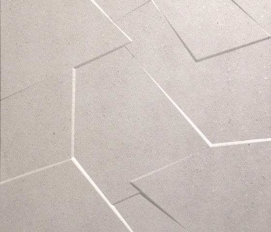 Anarchy ivory natural prism by Apavisa | Ceramic slabs