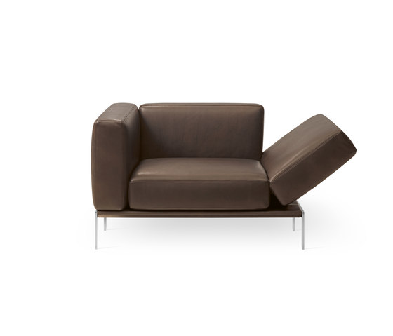 Piu 1343 by Intertime | Armchairs