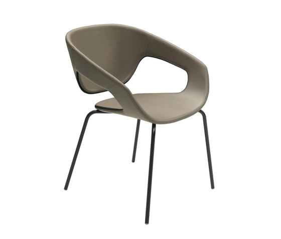 Vad Four-leg chair de CASAMANIA-HORM.IT | Chaises de restaurant