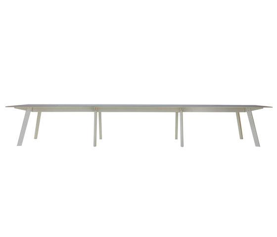 Connect by Modus | Individual desks