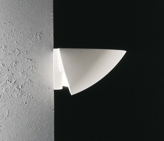 Bauta Ellisse by Buzzi & Buzzi | Wall lights