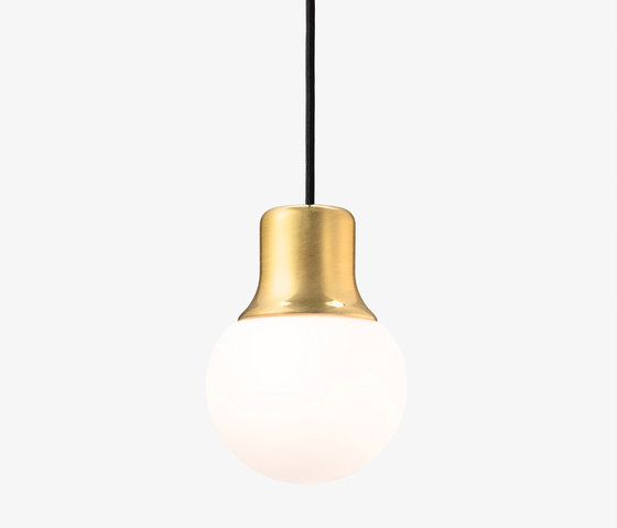 Mass Light NA5 brass di &TRADITION | Illuminazione generale