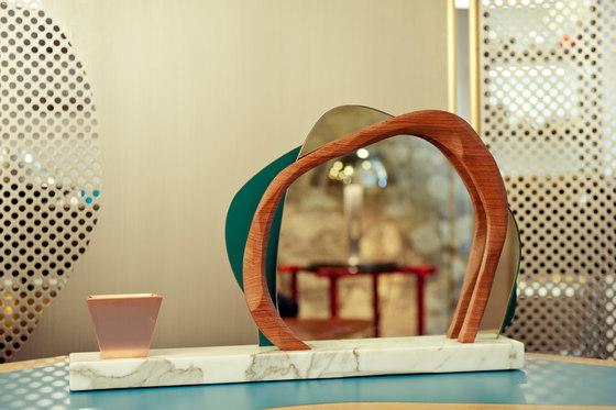 Ikebana I Vanity mirror von Karen Chekerdjian | Spiegel