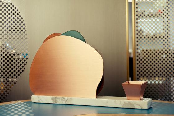 Ikebana I Vanity mirror de Karen Chekerdjian | Espejos