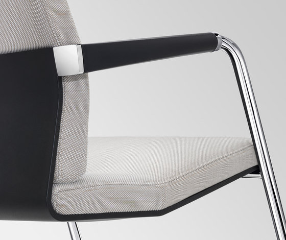 VINTAGEis5 5V50 by Interstuhl Büromöbel GmbH & Co. KG | Visitors chairs / Side chairs