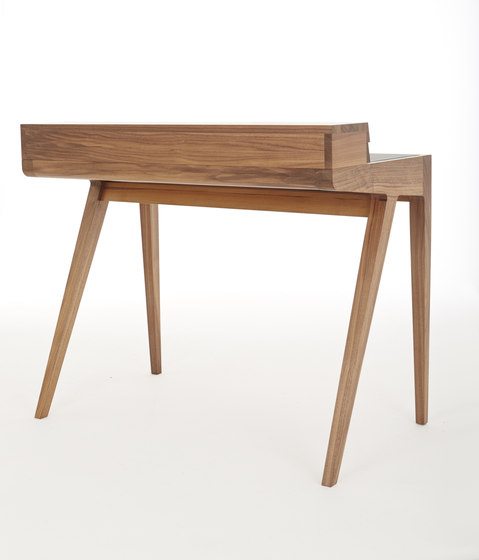 Kingston Dressing Table de Dare Studio | Tocadores
