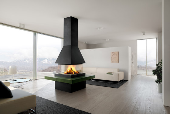 Lund by Piazzetta   Closed fireplaces