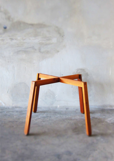 SIM Square Table by TAKEHOMEDESIGN | Dining tables