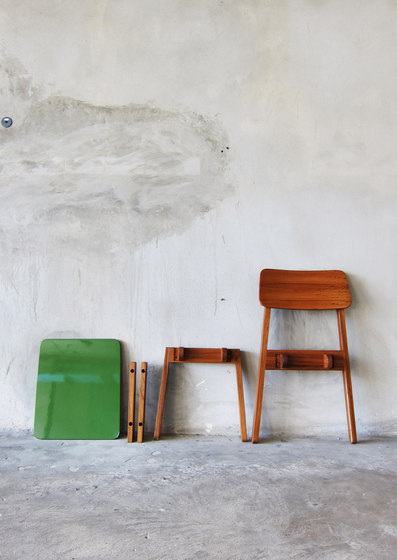SIM Chair by TAKEHOMEDESIGN | Chairs