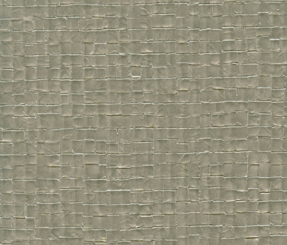 Parade | Nacre VP 640 22 by Elitis | Wall coverings / wallpapers