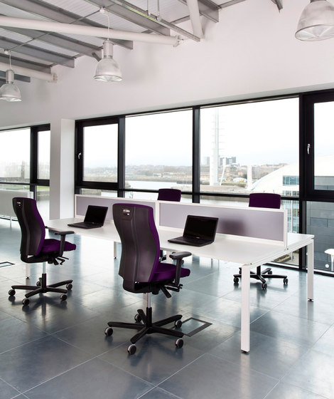 Inception by EFG | Desking systems