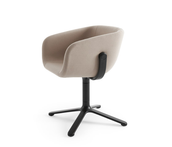 Scoop Chair di +Halle | Sedie conferenza