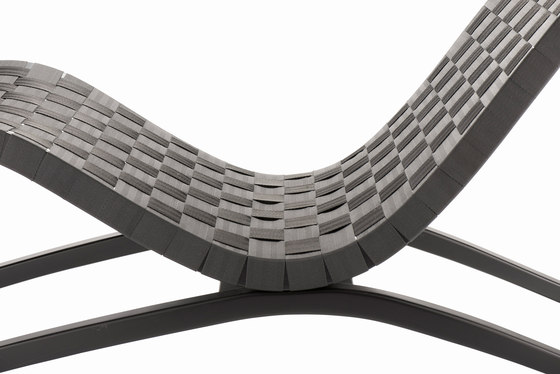 Krischanitz Kollektion bentwood no. 02 chairbed by rosconi | Chaise longues