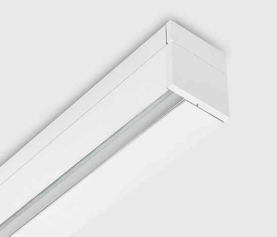 Rei profile surface by Kreon | Ceiling-mounted spotlights
