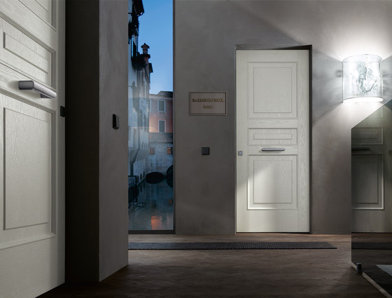 Evolution | Legno Vivo by Oikos | Front doors