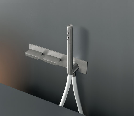 Bar BAR33 by CEADESIGN | Shower controls