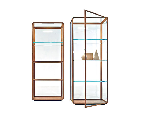 45°/Vetrina by Molteni & C | Display cabinets