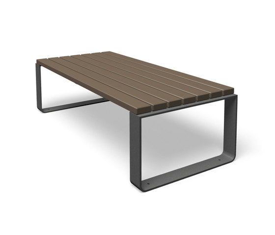 Mayfield by miramondo | Exterior tables