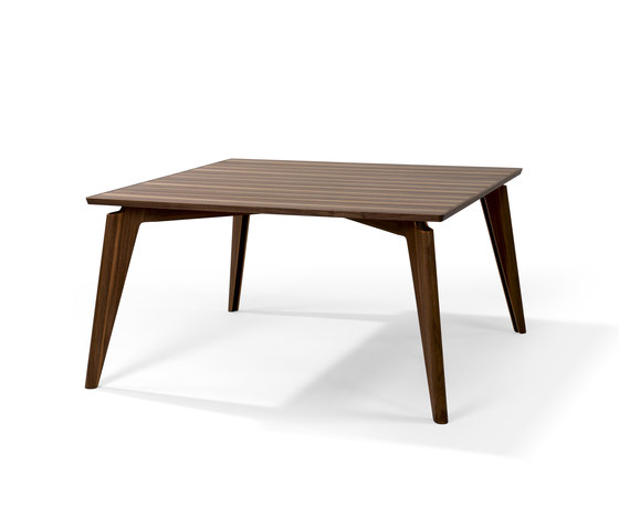 Takushi Table by Röthlisberger Kollektion | Restaurant tables