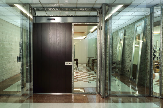 Vela by Oikos | Entrance doors