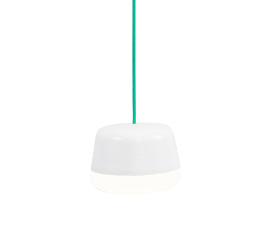 Kivi Mini Pendant Low shade by Blond Belysning | General lighting