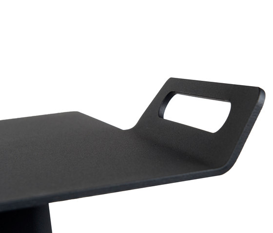 Tail laptop by Palau | Side tables