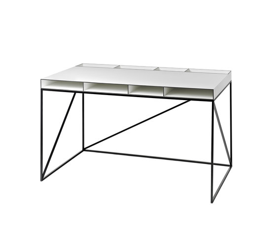 WOGG CARO Desk by WOGG | Individual desks