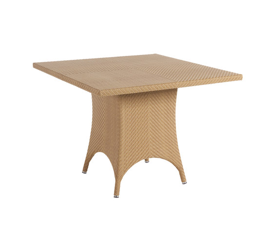 Monaco dining table by Point | Dining tables