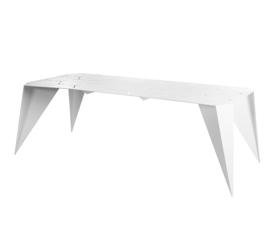 Pinata dining table by Point   Dining tables