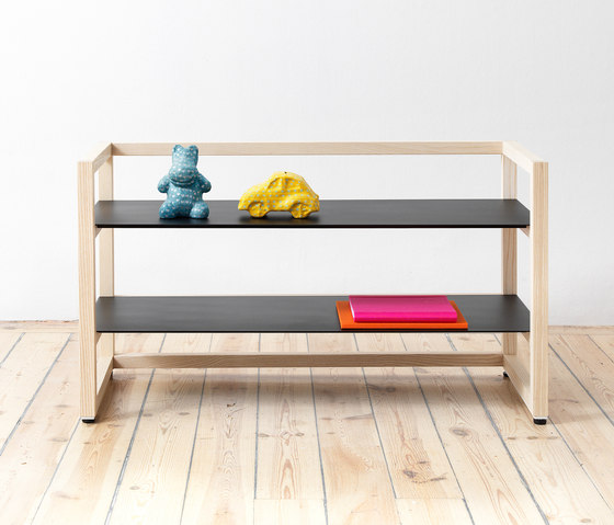 Tre Low by Abstracta | Shelving modules