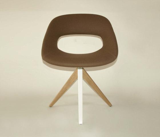 Diagonal Cross Legs Chair by dutchglobe | Visitors chairs / Side chairs