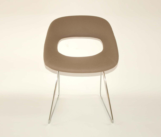 Diagonal Wire Chair by dutchglobe | Visitors chairs / Side chairs