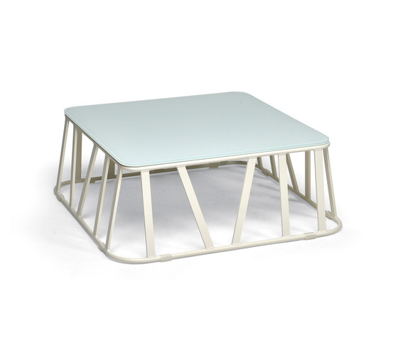 Hamptons Graphics 9735 coffee table de ROBERTI outdoor pleasure | Mesas de centro