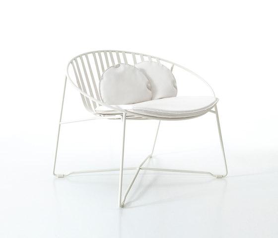 Hamptons Graphics 9755 armchair by Roberti Rattan | Garden armchairs