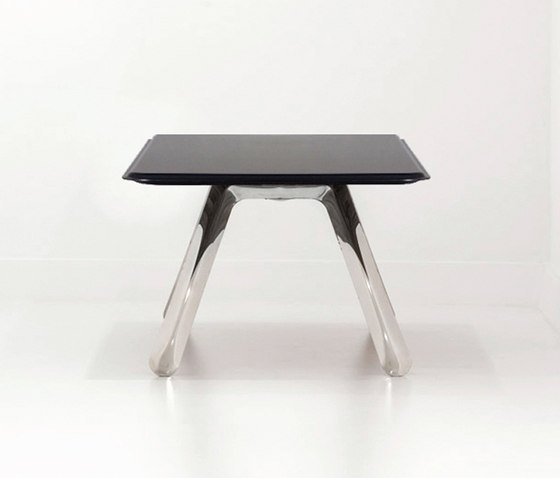 Carbon Table | inox steel by Zieta | Individual desks