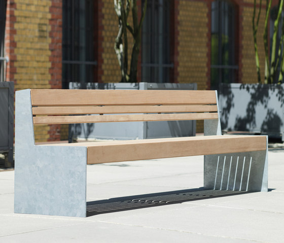Versio genus Bench with seat SMALL by Westeifel Werke | Benches