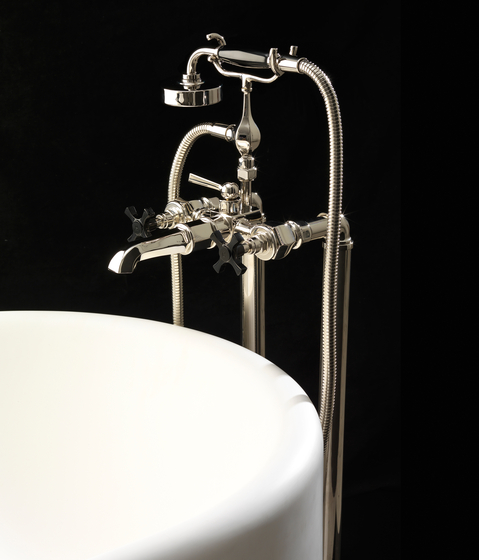 Jubilee Black Cross Free standing legs for bath and shower mixer by Devon&Devon | Bath taps