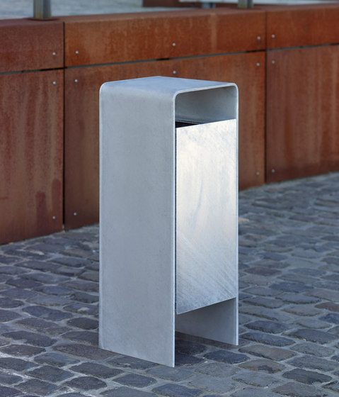 Versio corpus Litter bin, galvanized, 50 L incl. ashtray by Westeifel Werke | Exterior bins