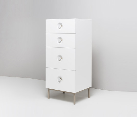 ELLA. Chest of Drawers di Miior | Cassettiere
