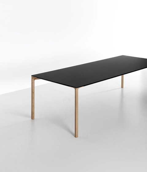 Boiacca Wood by Kristalia | Dining tables