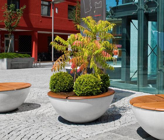 Union Concrete Flowerpot by Jangir Maddadi Design Bureau | Flowerpots / Planters