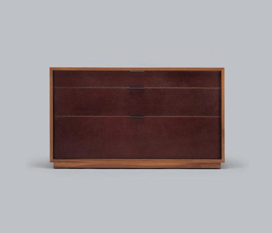 lineground 3-drawer horizontal bureau von Skram | Sideboards / Kommoden