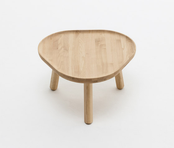Soft Triangle by Karimoku New Standard | Side tables